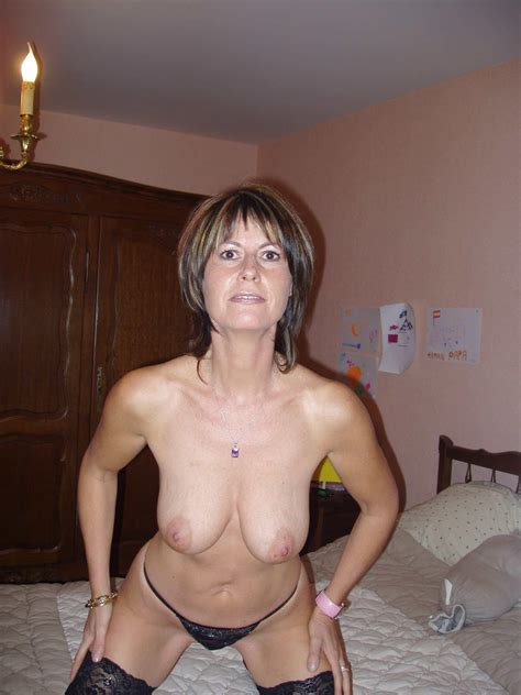 Hot Mom Great Body Real Amateur Picture Uploaded By