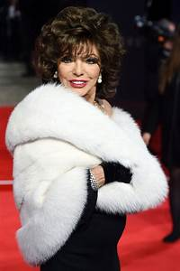 Joan Collins oozes glamour at Spectre premiere as she ...