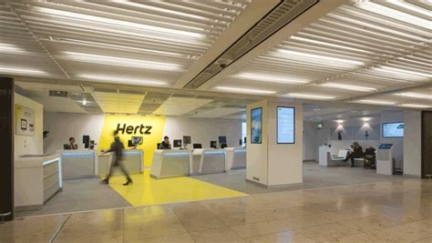 Hertz Corporation Adds 235,000 New 2015 Model-year