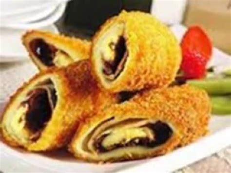 membuat makanan risoles isi pisang coklat risollaku
