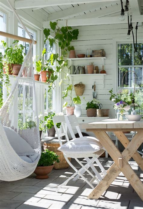 Garden Room Decoration by 23 Sublime Summer House Ideas To Spruce Up Your Garden
