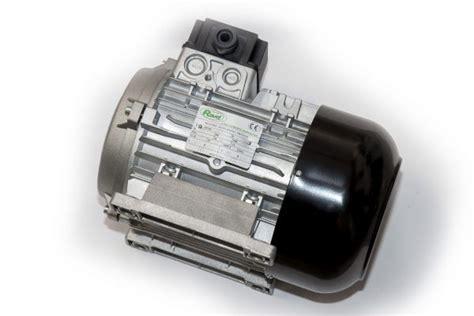 Motor Trifazic by Motor Trifazic Ravel 3 Kw Pentru Pompe Spalatorii Piese