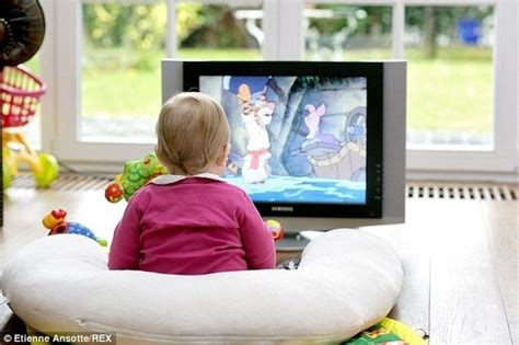 What Are The Advantages & Disadvantages Of Kids Watching