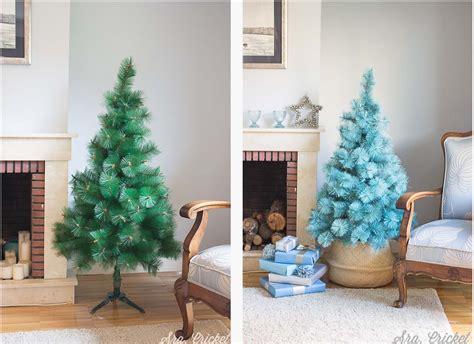 como pintar un arbol de navidad c 243 mo pintar un 225 rbol de navidad con spray y purpurina para cambio de look