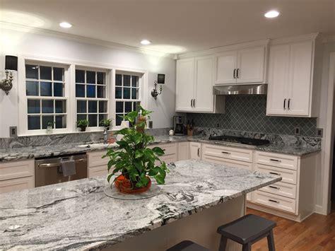 kitchen backsplash with white countertops granite viscon white backsplash arabesque glass tile 7717