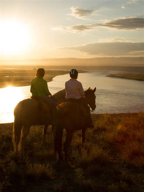 Where-To-Ride Guide | Horseback Riding Trails - Horse&Rider