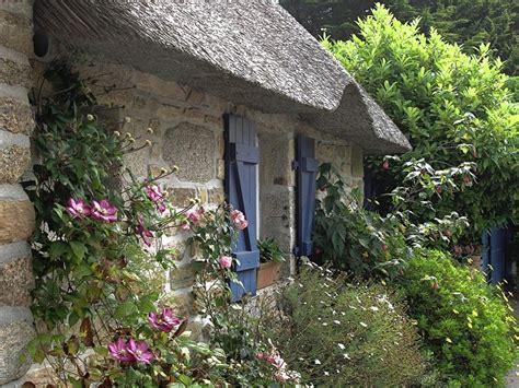 Old English Cottage Photos