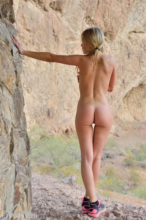 Ftv Girl Kendall In Her Naked Hike 16 Photos Video