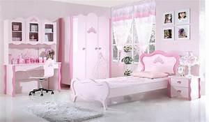 Deco Chambre Fille Princesse : une chambre digne d une princesse pour votre tr sor deco in ~ Teatrodelosmanantiales.com Idées de Décoration