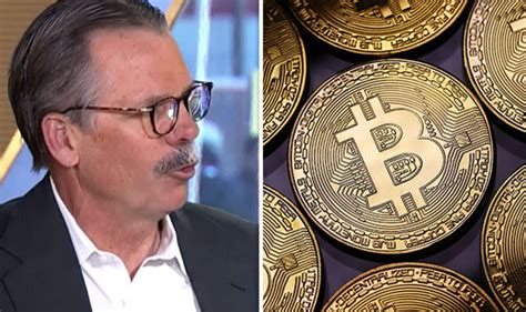 bitcoin price tech expert compares btc   obsolete