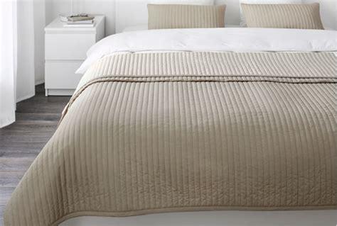 couvre canapé ikéa lit gigogne blanc ikea ides en photos pour comment