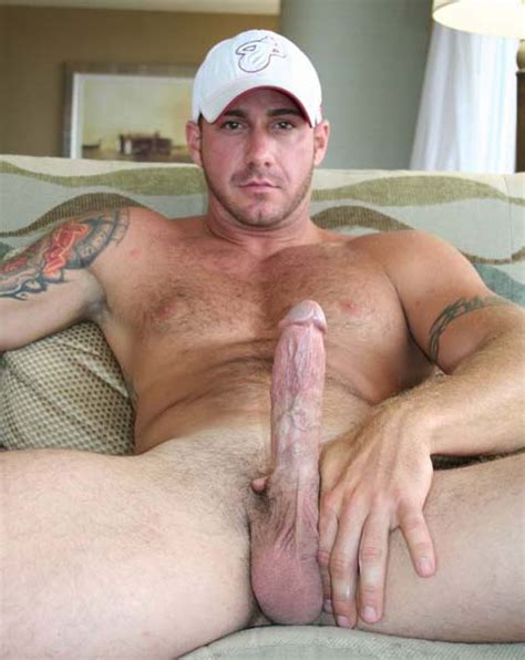 man avenue all up and ready to fuck hunk sebastian steel