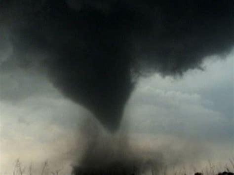 not shabby xenia ohio tornado destroys xenia ohio youtube