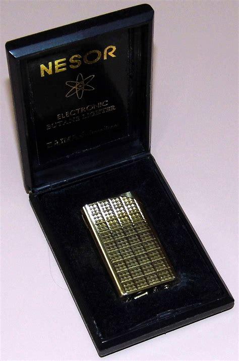 vintage nesor  piezoelectric butane lighter  zaima