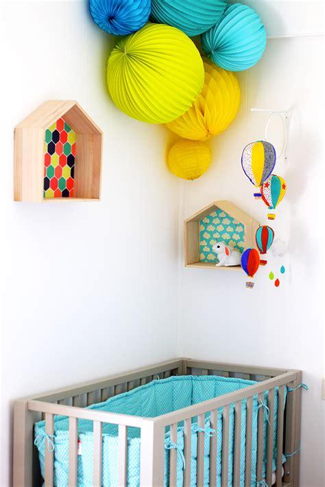 chambre bébé petit espace cabane en bois chérie sheriff lifestyle mode famille