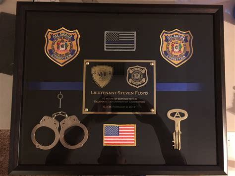 lt floyd delaware dept  correction lodd shadow box