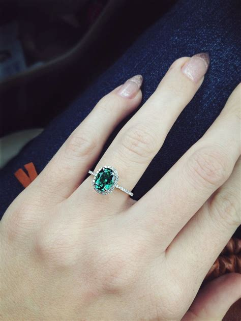 25 best ideas about emerald rings on vintage