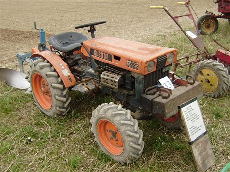 kubota  tractor construction plant wiki fandom powered  wikia