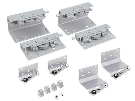 guide scorrevoli per armadi set di carrelli superiori e pattini inferiori sistemi
