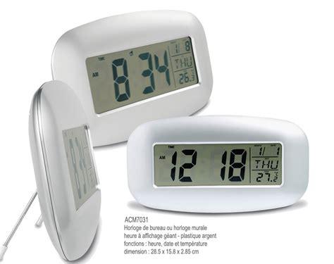 horloge sur le bureau horloge bureau trendyyy com