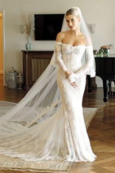 hailey baldwin wedding gown   shoulder lace