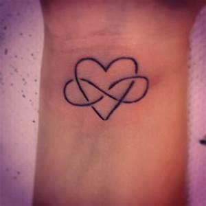 Los tatuajes de infinito Fotos y Significado Tendenzias