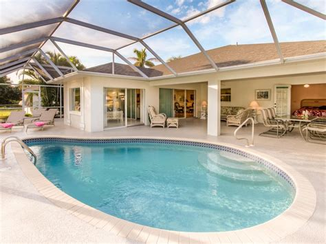 Auto Upholstery Cape Coral Fl by Walking Distance To The Of Downtown C Homeaway