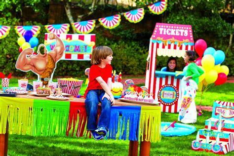 Cute Backyard Carnival Games Ideas  Design Idea And