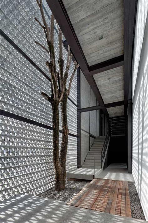 perforated concrete walls la tallera  frida escobedo