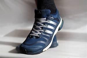 Schuhe Schnüren Ohne Schleife : laufschuhe richtig binden mit tipps von profis experten ~ Frokenaadalensverden.com Haus und Dekorationen