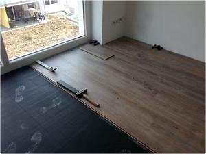 Klick Vinylboden Verlegen : vinylboden auf fliesen legen haus design ideen ~ Watch28wear.com Haus und Dekorationen