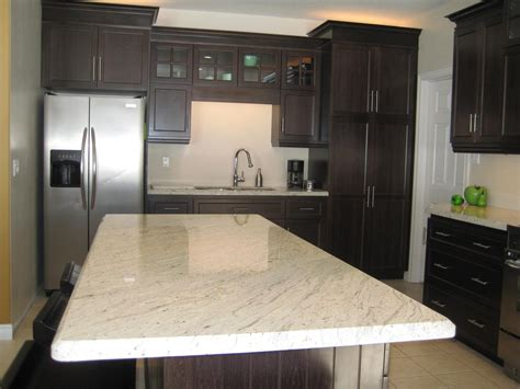 white paint kitchen cabinet system with wall mount light