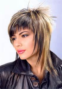 coupe cheveux courts visage rond coupe de cheveux déstructurée