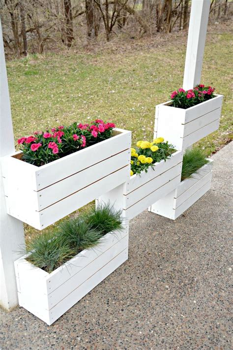 Banister Planters by 25 Best Ideas About Deck Railing Planters On