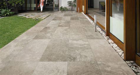 Pavimenti X Esterni  Boiserie In Ceramica Per Bagno