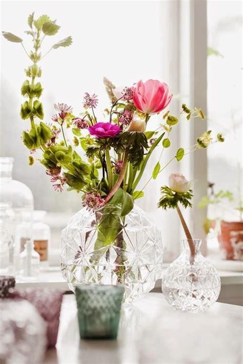 jarrones  flores  decoracion de interiores