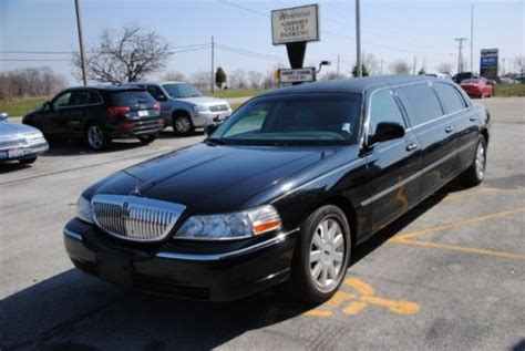 find  limo limousine lincoln town car ford black