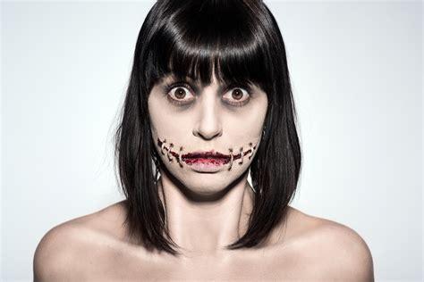 foto de Stitched mouth halloween makeup tutorial by Ellimacs