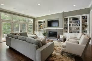 wohnzimmer in grau wohnzimmer in grau mit klassischen akzenten und luxuriösen möbel