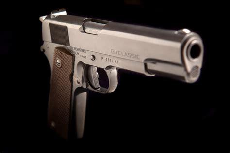 Cabot Guns Retains Brian