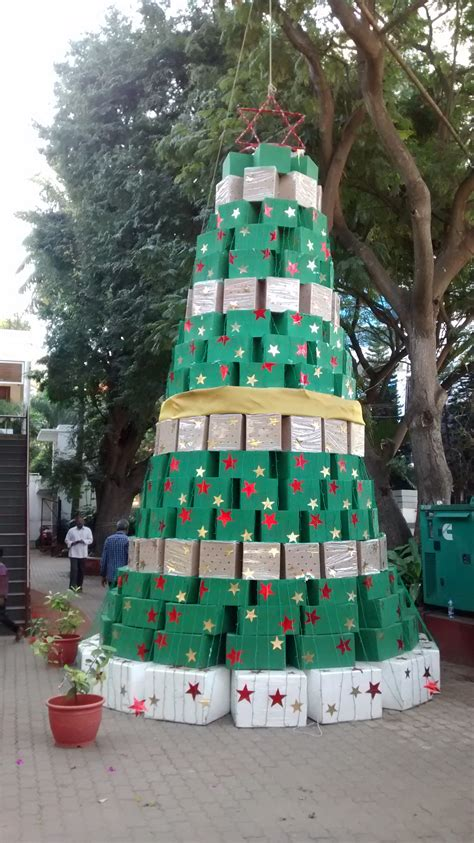 the christmas tree that made the best from waste news18
