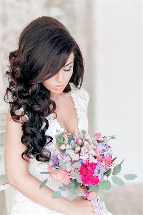 stylish bridal wedding hairstyle    brides