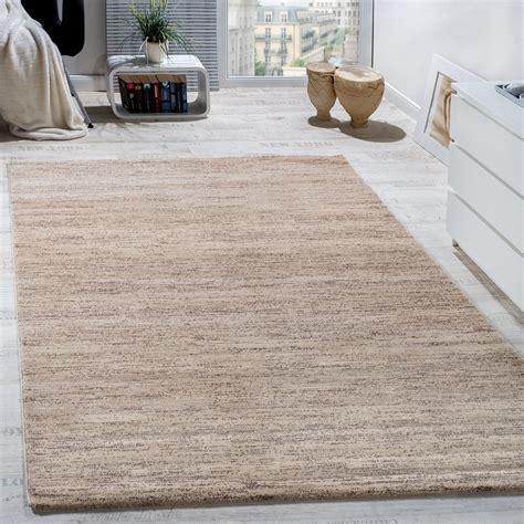 teppich modern wohnzimmer kurzflor gemuetlich preiswert