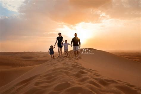 dubai family photographer safari photoshoot  dubai
