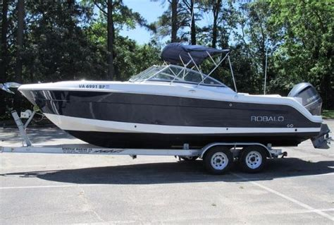 Robalo Boats R247 by Robalo 247 Boats For Sale