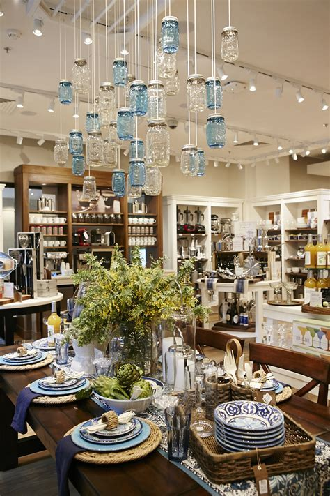 World's first interconnecting Williams Sonoma Inc stores