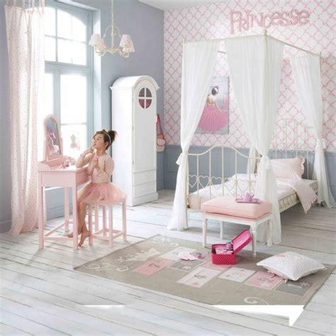 tapis enfant marelle en coton gris 120 x 180 cm princesse maisons du monde