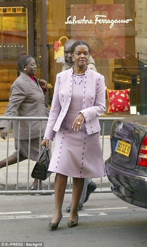 gucci grace mugabe spent cash  zimbabweans starved