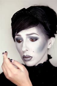 black and white halloween makeup
