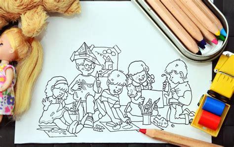 image libre enfant gar 231 on fille dessin couleur papier poup 233 e camion crayon